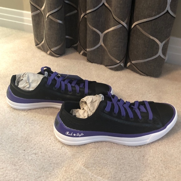 NWT Converse Chuck Taylor CT Remix All Star Shoes